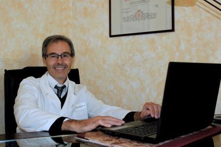 Dottor Cosimo Roberto Russo endocrinologo esperto di metabolismo osseo e nireralometria a Pistoia