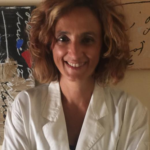 Sabrina Ulivi è psicologa e psicoterapeuta a Pistoia