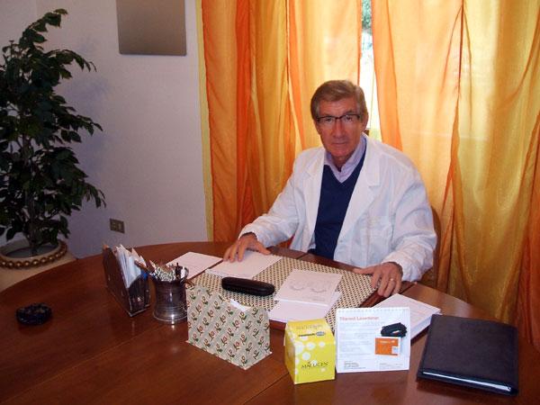 Professor Alberto De Napoli oculista a Pistoia